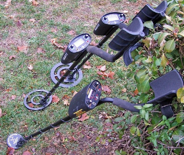 Bounty Hunter Tracker IV 4 metal detector