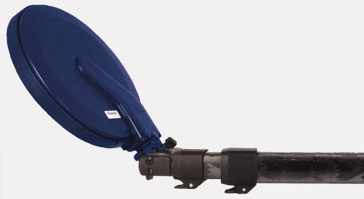 Minelab SDC 2300 ground and underwater detector Minelab