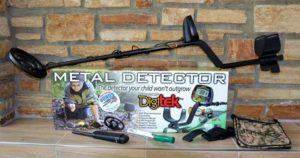Teknetics Digitek Minelab ground detector