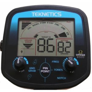 Teknetics Omega 8000 Minelab ground detector