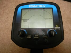 Teknetics Omega 8500 Minelab ground detector