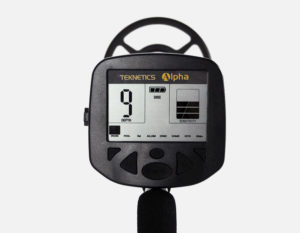 Teknetics Alpha 2000 Minelab ground detector