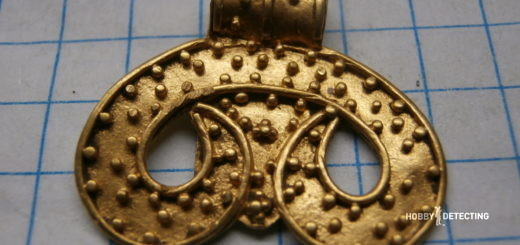 Antique golden jewelry found (and sold for a good price, +photos)