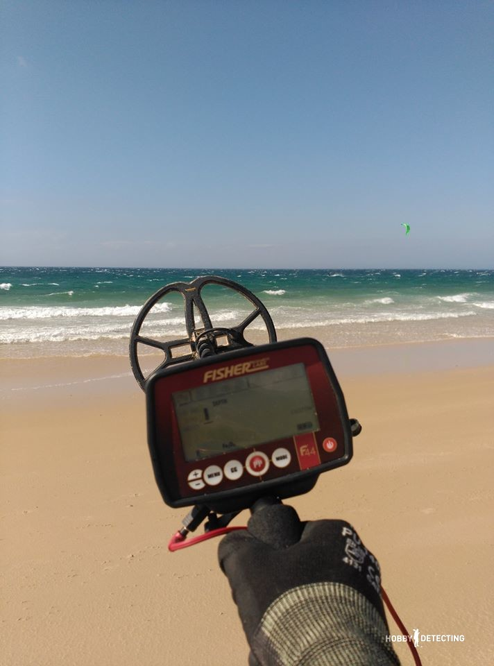 https://hobby-detecting.com/what-can-be-found-on-a-european-beach-with-a-detector-fisher-f44-with-the-nel-tornado/