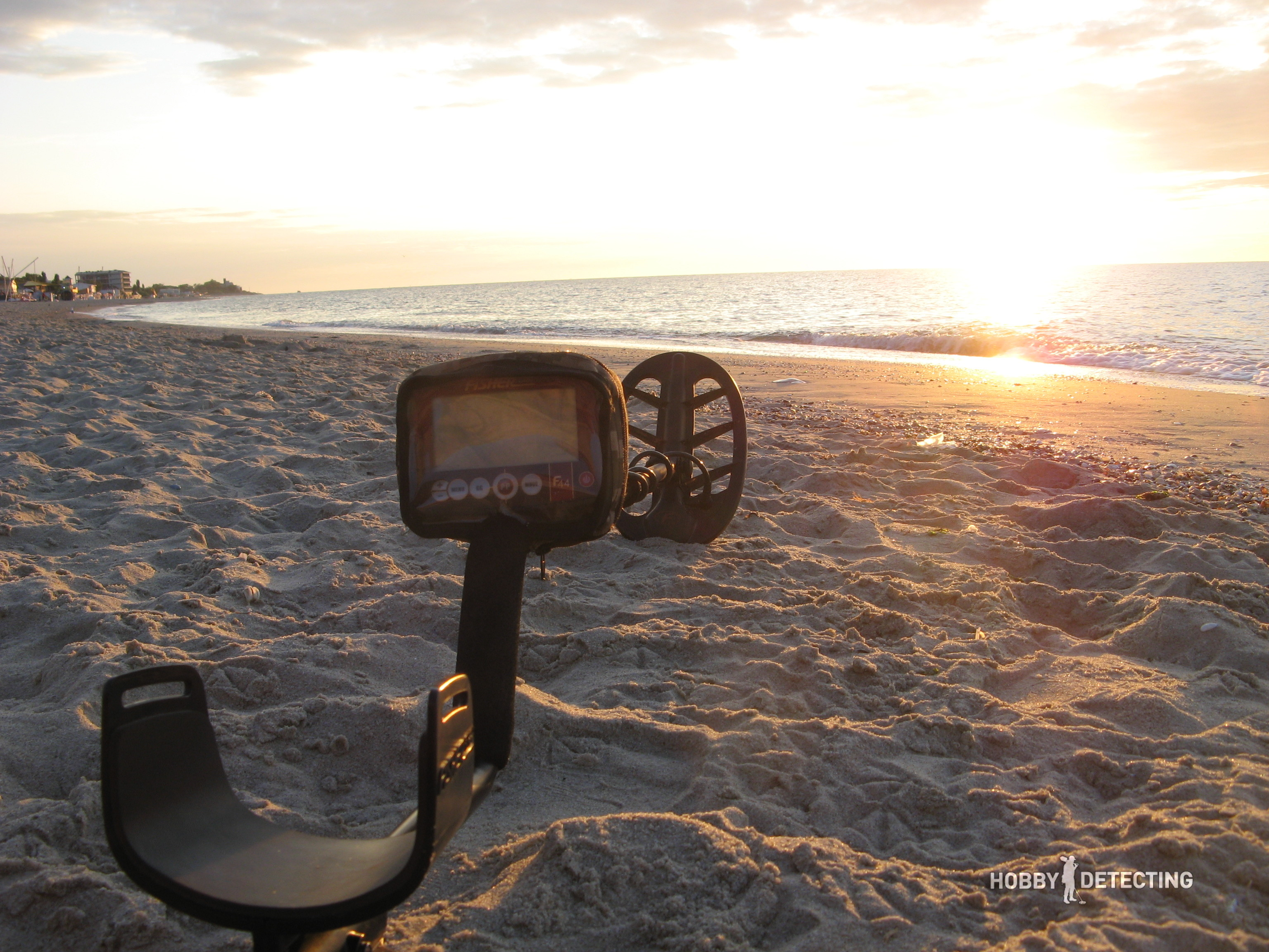 Detecting In 2017 The Secrets Of Beach Diggers Story Fun Metal Detector To Findcoins At Because My Laziness I Only Went Twice Sea Vacation It Is Very Difficult For Me Get Up Half Past Five Morning When Go